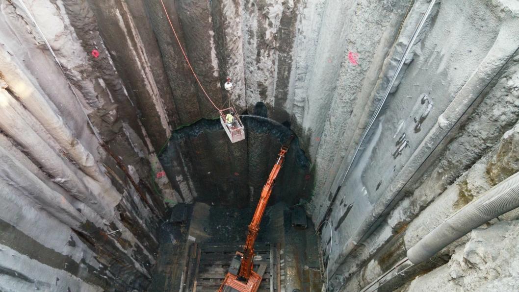 Her forberedes gjennomslagsstedet der Bertha skal grave seg inn i reparasjonssjakten. Alle foto og videoer: Washington State Department of Transportation.