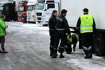 Politiet holdt tilbake flere vogntog