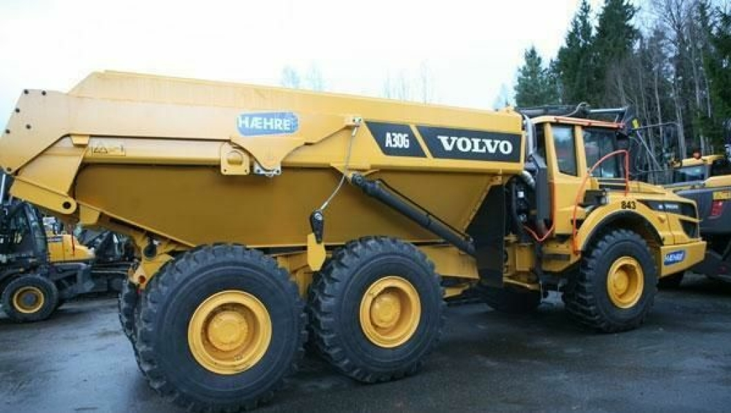 Den første maskinen i dumper-sekstetten sto klar hos Volvo Maskin på Mastemyr før jul.