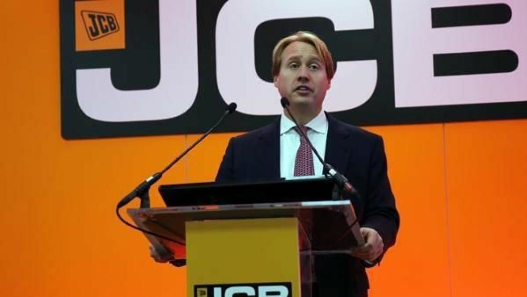 For første gang var det tredje generasjon Bamford som frontet JCBs pressekonferanse.