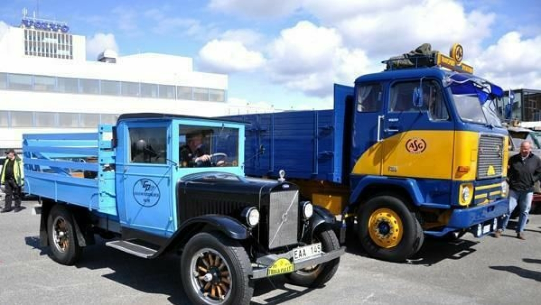 Biler utstilt på Volvo Museums dag 2012.