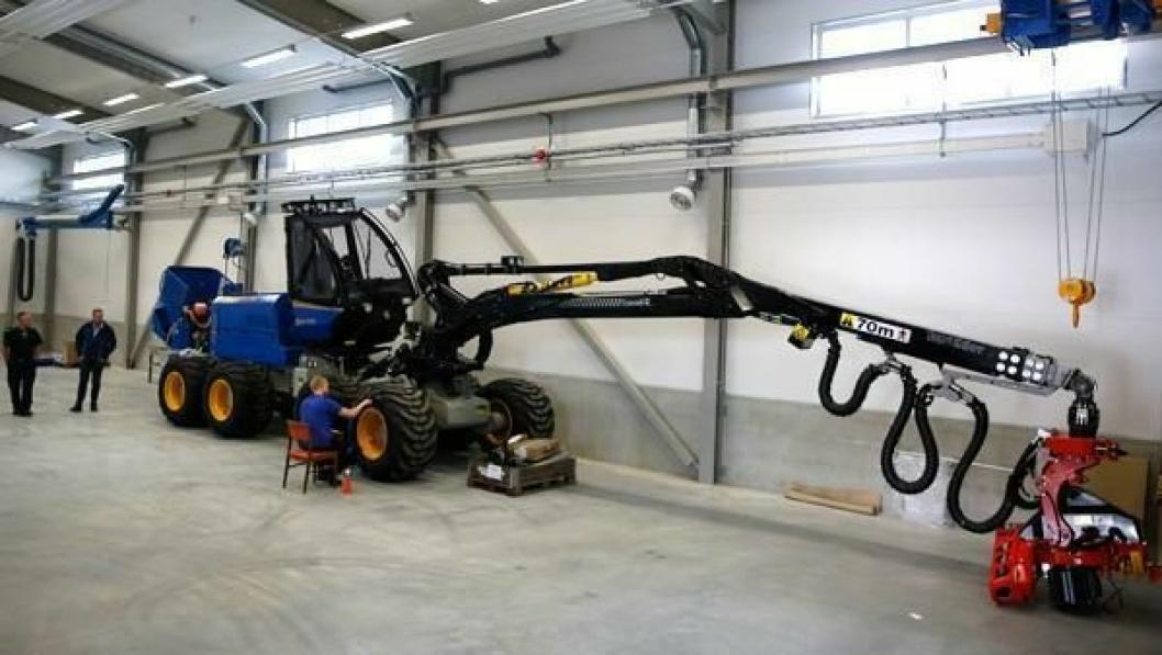 FØRSTE BILDET: Dette er det første bildet som publiseres av Rottne H11C. Hogstmaskinen har Steg IV/Tier 4 Final John Deere-motor med partikkelfilter og AdBlue, og maskinen er utstyrt med Dasa-målesystemet Forrester. Neste uke kan man se maskinen på Inter Forst i München.