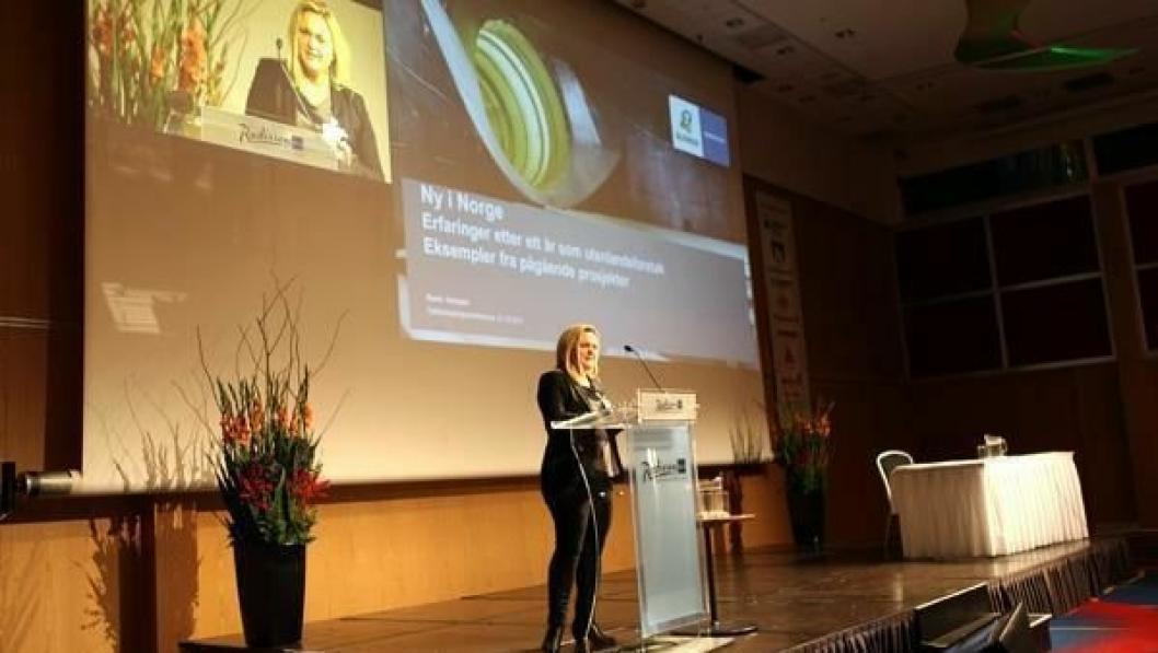 Randi Hermann hadde et innlegg om å være utenlandsk entreprenør i Norge på Fjellsprengningsdagen 2013 i Oslo.