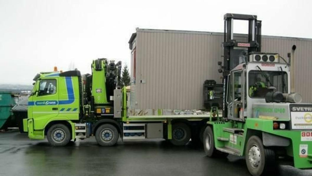 Nordic Crane og Cramo signerer ny avtale om kran- og transporttjenester i Norge.