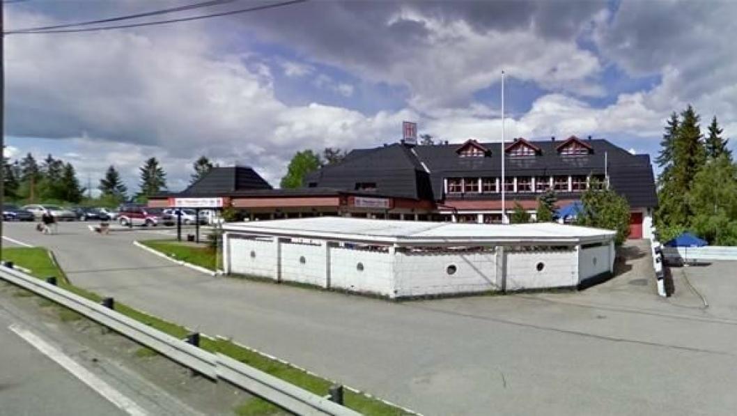 Nå får NLF-medlemmer 15% rabatt på de 17 veikroene som er med i sammenslutningen «Utvalgte Spisesteder». Ett av dem er Morten's Kro på Gjelleråsen i Akershus (bildet).
