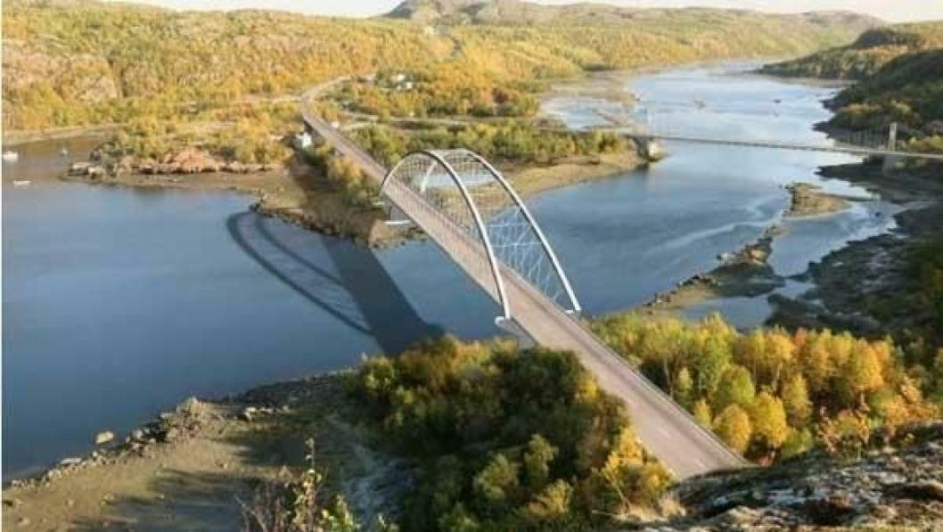 Broen bygges 200 meter nedenfor den eksisterende broen ved Elvenes, der Pasvikelva renner ut i Bøkfjorden.
