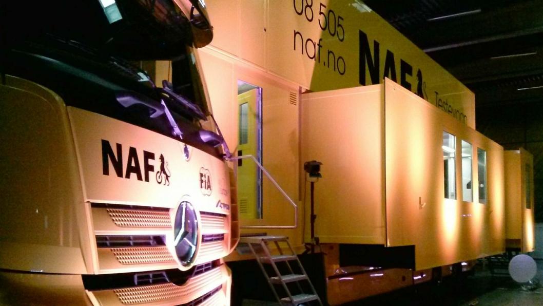 NAFs nye og unike rullende testsenter ble presentert hos Mercedes-Benz-importør Bertel O. Steen AS 24. februar.