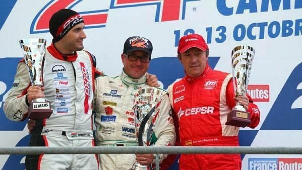 Jochen Hahn vant EM i truck race for tredje år på rad. Her flankeres han av sølvvinner Antonio Albacete (t.h.) og Markus Oestreich som endte på tredjeplassen.
