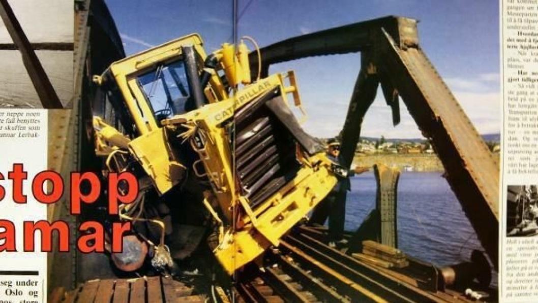 Denne splitter nye Cat 966D hjullasteren kommer neppe noen gang i arbeid. Enkelte komponenter kan vel i beste fall benyttes som byttedeler.