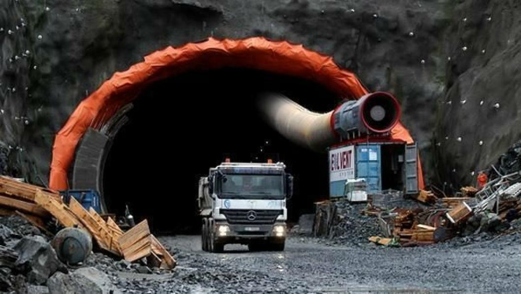 Tunneldrivingen er fullført i Stordalstunnelen i Etne.