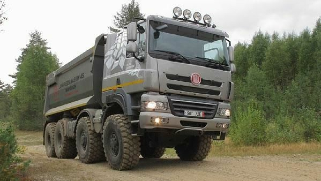 DAF Trucks leverer førerhus og motorer til Tatra Phoenix-serien.