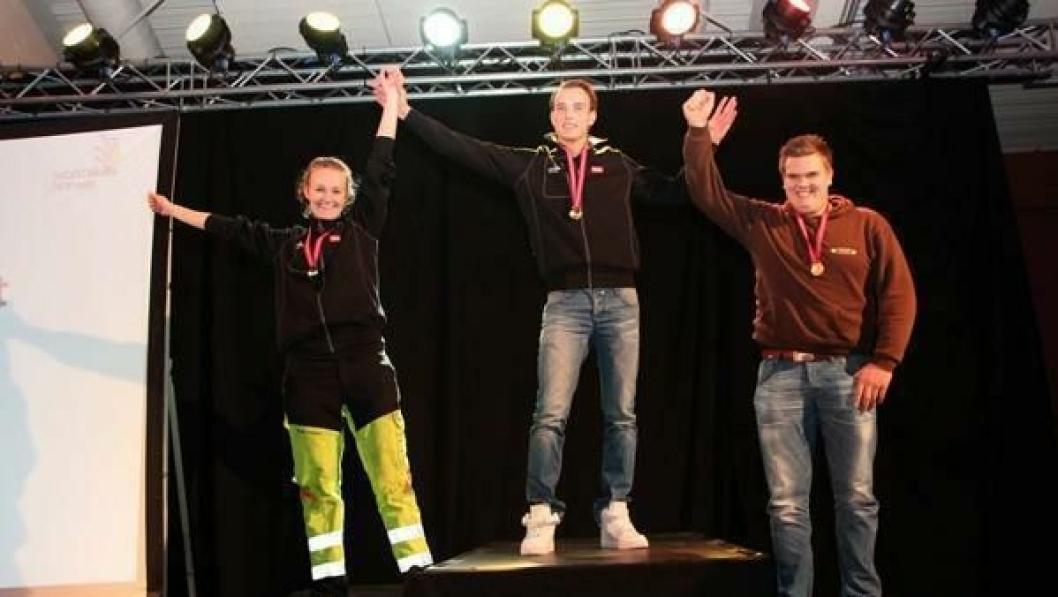 Asgeir Flåten ble beste lærling i yrkes-NM i sjåførfaget. Sølvet gikk til Ingrid Bergheim, mens Simen Kaulum tok 3. plassen.