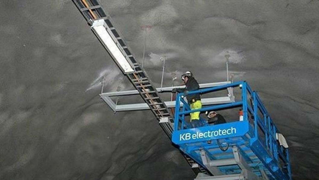 Det er elektroarbeidere som ennå ikke har fått all lønn etter elektrojobben på Hardangerbrua etter entreprenør-konkursen høsten 2013.