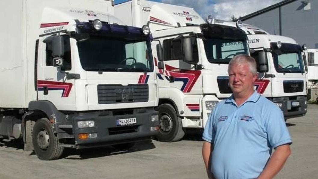 Geir Inge Kirkestuen, eier og daglig leder av Kirkestuen Transport AS i Lom, er lite glad for at arbeidsgiveravgiften øker for transportørene i Nord-Gudbrandsdal fra 1. juli.
