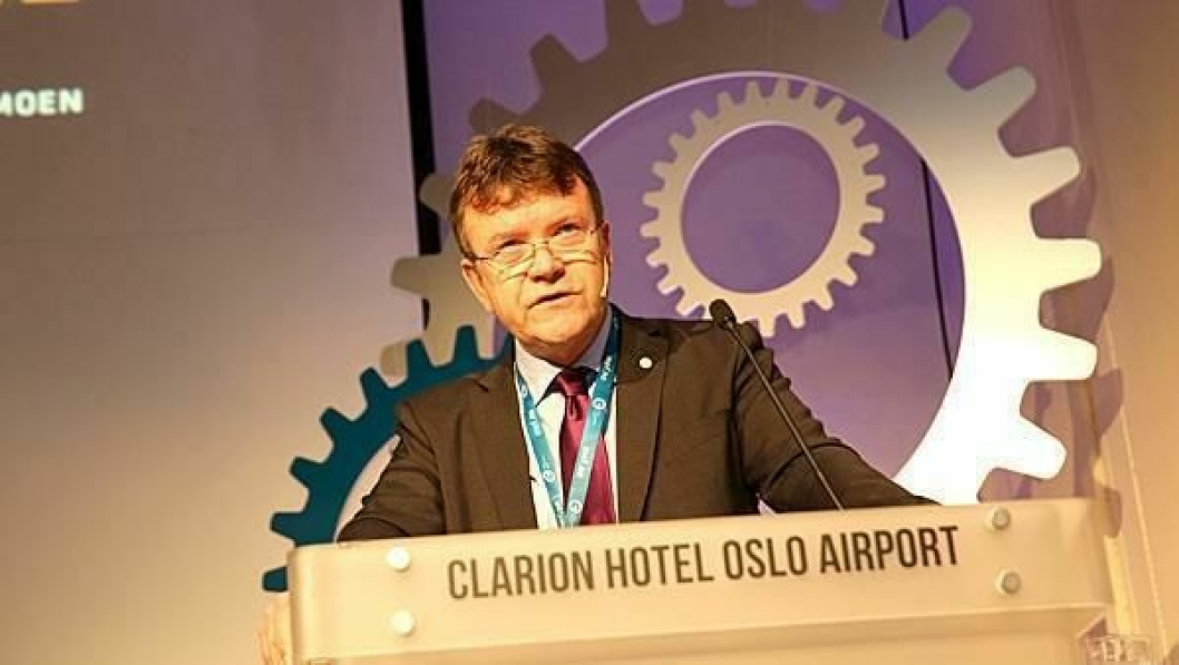 MEF-styreleder Arnstein Repstad kom med nyheter da han åpnet Anleggsdagene.
