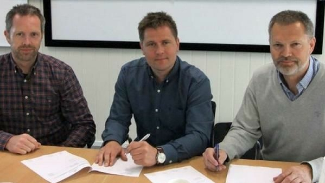 Fv. Rolf Anders Håberg (Busengdal Transport AS) og Gunnar Erik Walseth (Magne Nærum AS) og prosjektleder Halgeir Brudeseth i Statens vegvesen.