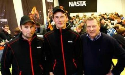 Fra venstre: Mekaniker Morten Nordheim, mekaniker Ole Kristian Uglem og serviceleder Ola Fuglem fra Nastas Stjørdal-avdeling.