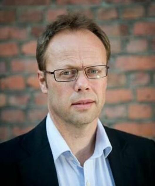 Robert Aksnes, direktør for næringspolitiske og juridiske spørsmål i Norges Lastebileier-Forbund (NLF).