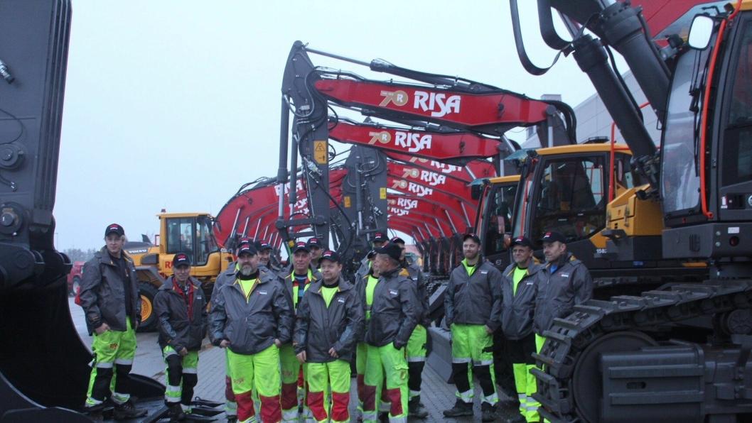 Risa Service mottok både store og mange maskiner fra Volvo Maskin onsdag 20. desember.