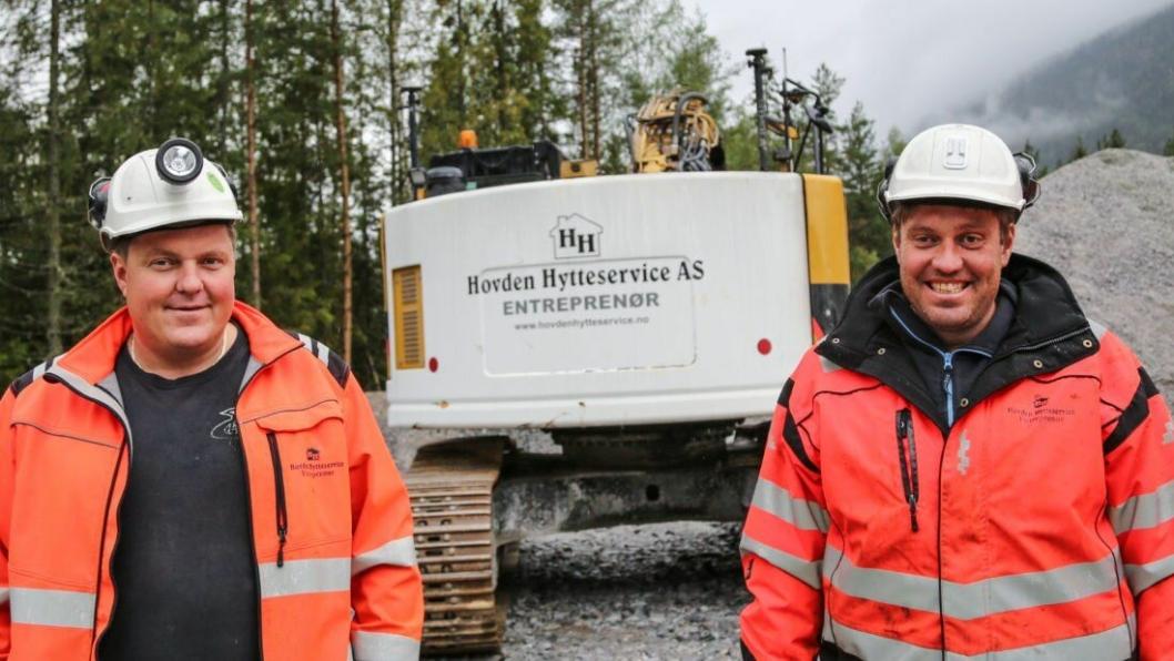 Hovden Hytteservice, med brødrene Yngve (t.v.) og Jo Breivegen i spissen, har vært gjennom formidabel vekst. Nå er de også nominert til MEFs konkurranse Årets lærebedrift.