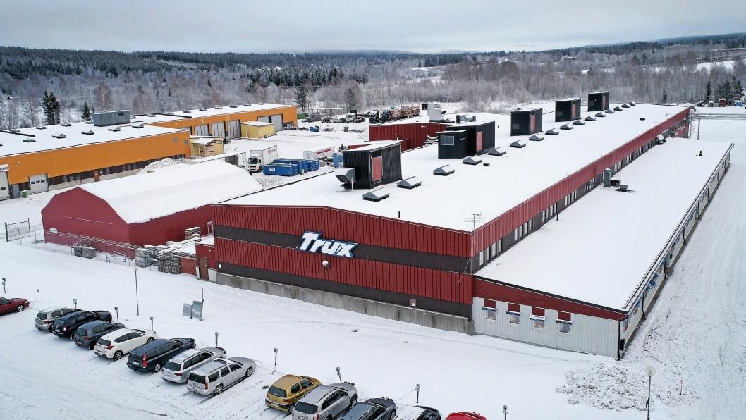 FULL FART: Produksjonen ved Trux-fabrikken har vært god i 2017.