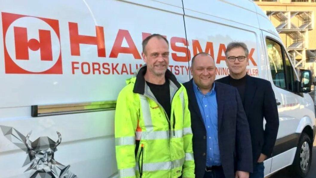 Hansmark får Optimera på eiersiden. F.v: Logistikksjef i Hansmark AS Ole Gunnar Hagebø, daglig leder i Hansmark AS Nils Petter Hagebø og administrerende direktør i Optimera AS Asbjørn Vennebo.
