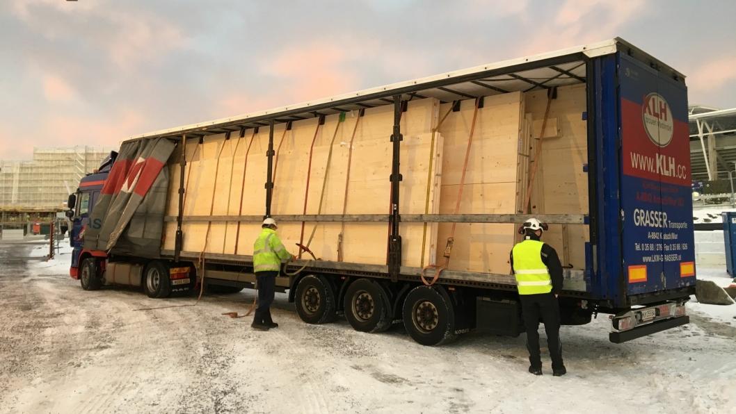 Første leveranse av veggelementer i massivtre til Valle Wood i Oslo i januar 2018. Foto: NCC