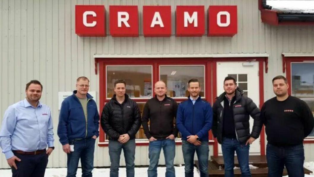 Cramo signerte storkontrakt med AF Gruppen i Midt Norge. Fra venstre André Høvstad, Frank Otto Johannessen (AF), Bård Solem (AF), Bjørnar Husa, Kjetil Moen, Bengt Ulvin og Jan Erik Grundstad. Foto: Cramo