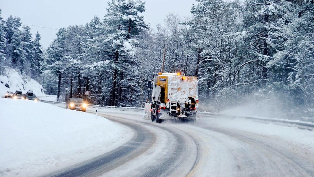 Illustrasjonsbilde av vintervedlikehold.Foto: Knut Opeide, Statens vegvesen