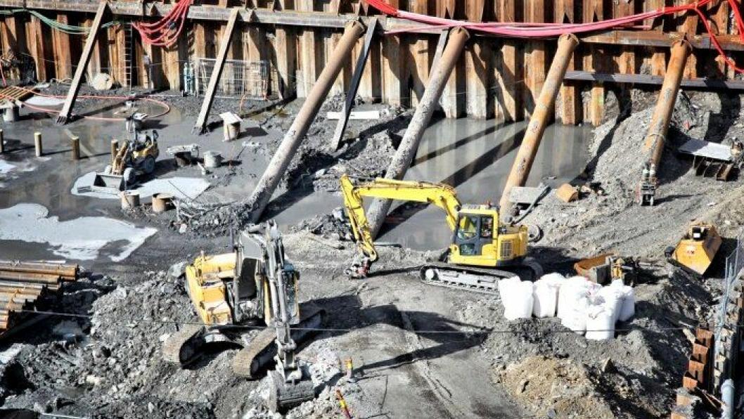 I januar ble det lyst ut 3192 stillinger innen bygg og anlegg, en nedgang på 16 prosent mot januar 2017. -Dette er den største nedgangen vi har sett siden vi begynte målingen i oktober 2014, sier Hilde Sommerstad i Finn jobb.