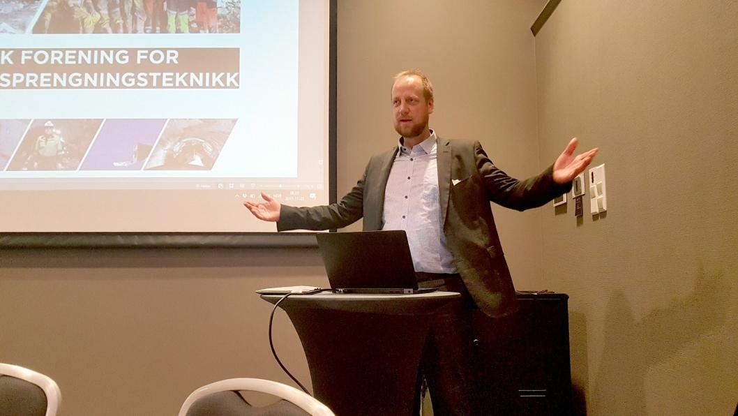 Styreleder Øyvind Engelstad i NFF ønsker innspill på hva foreningen skal hete.