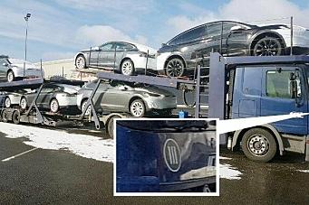 Transporterer Tesla-er med Euro-III-lastebiler