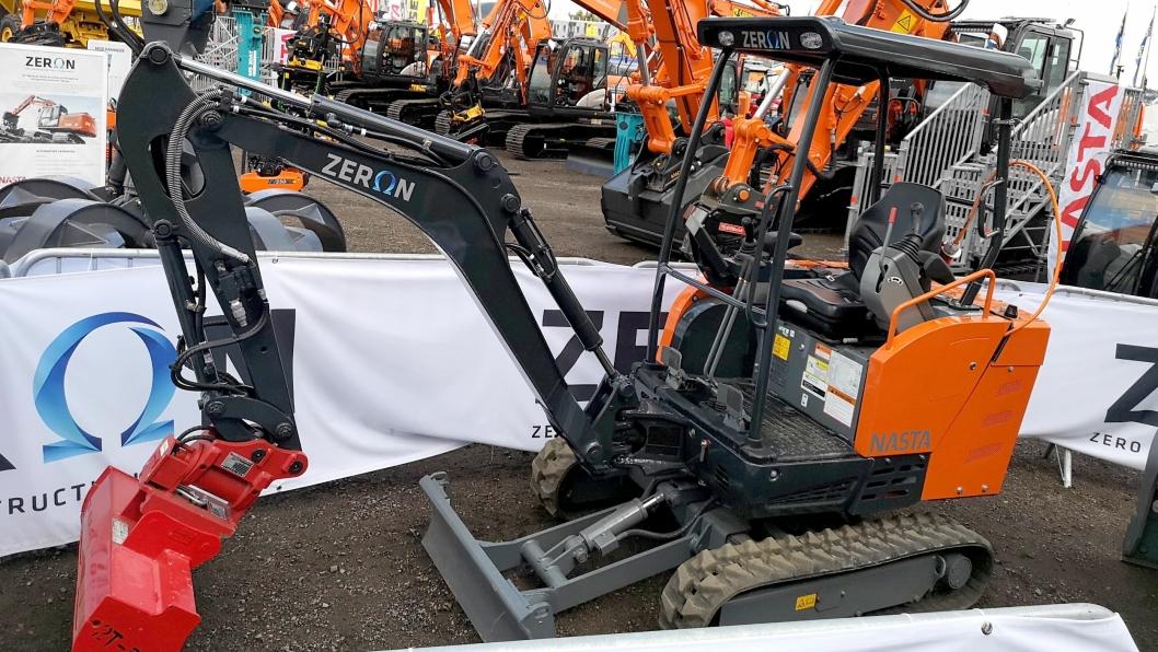 Prototypen av Zeron ZE19 sto stilt ut på Nastas område på Vei og Anlegg 2018.