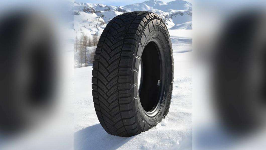 Agilis Crossclimate for, varebiler og lette lastebiler, er et «Nordisk sommerdekk» som er merket med «snøfnugg og fjelltopp»-symbolet 3PMSF.
