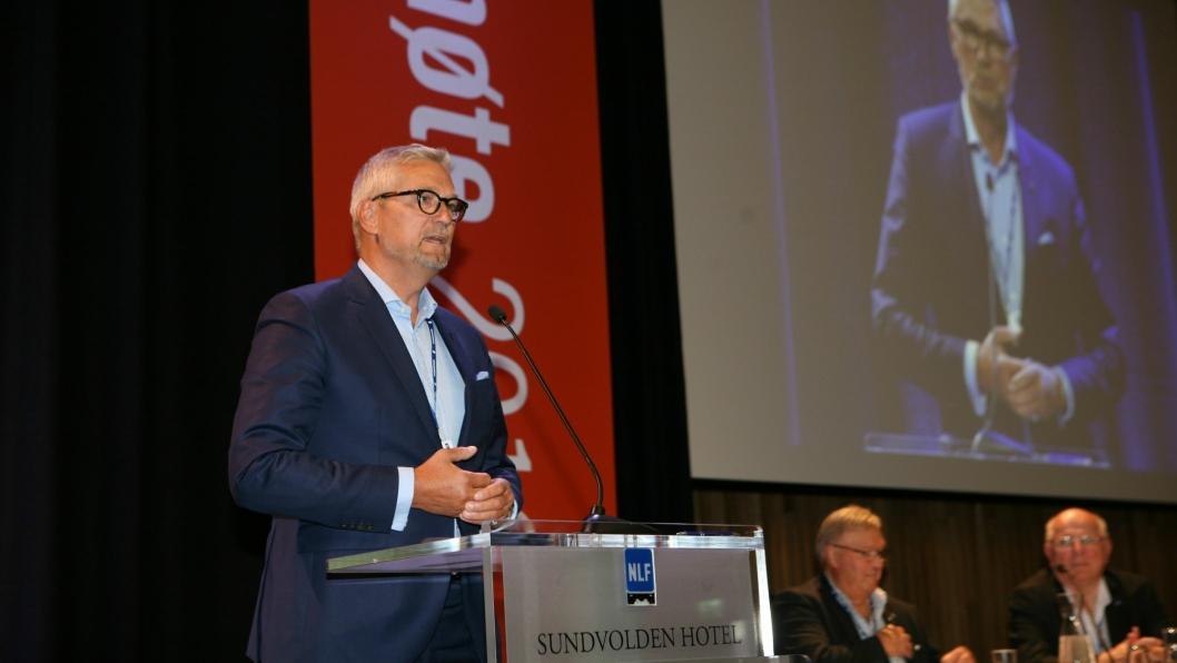 - NLF er en sterk bidragsyter til å styrke NLAs innflytelse på IRU, sa adm. direktør i DTL og styreleder i NLA, Erik Østergaard, til NLF-landsmøtet i helgen. Foto: Per Dagfinn Wolden
