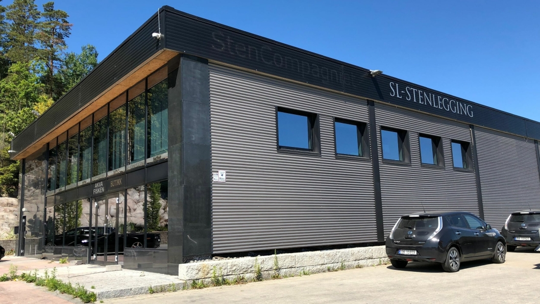 SL Stenlegging AS har kjøpt deler av konkursboet etter SL Entex AS og SL Gruppen AS og ansatt 40 av dem som mistet jobben i konkursene.