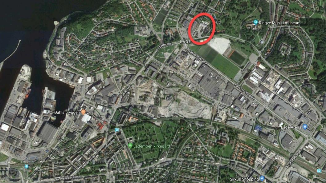 Lade Gartneri - en 15 mål stor tomt på Lade i Trondheim (merket med rød ring).