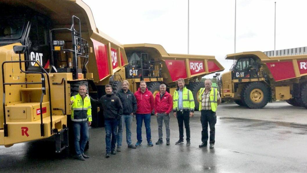Risa Service mottok fire tipptrucker fra Pon Equipment i august 2018 som skal gå i Risas prosjekter.
