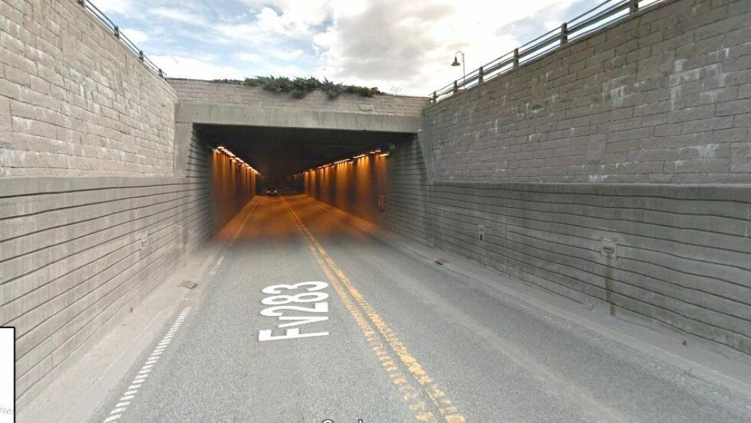 Bragernestunellen i Drammen fv. 283.