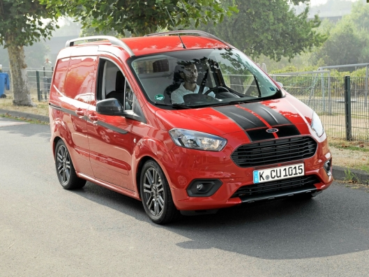 KANDIDAT: Ford Transit Courier.