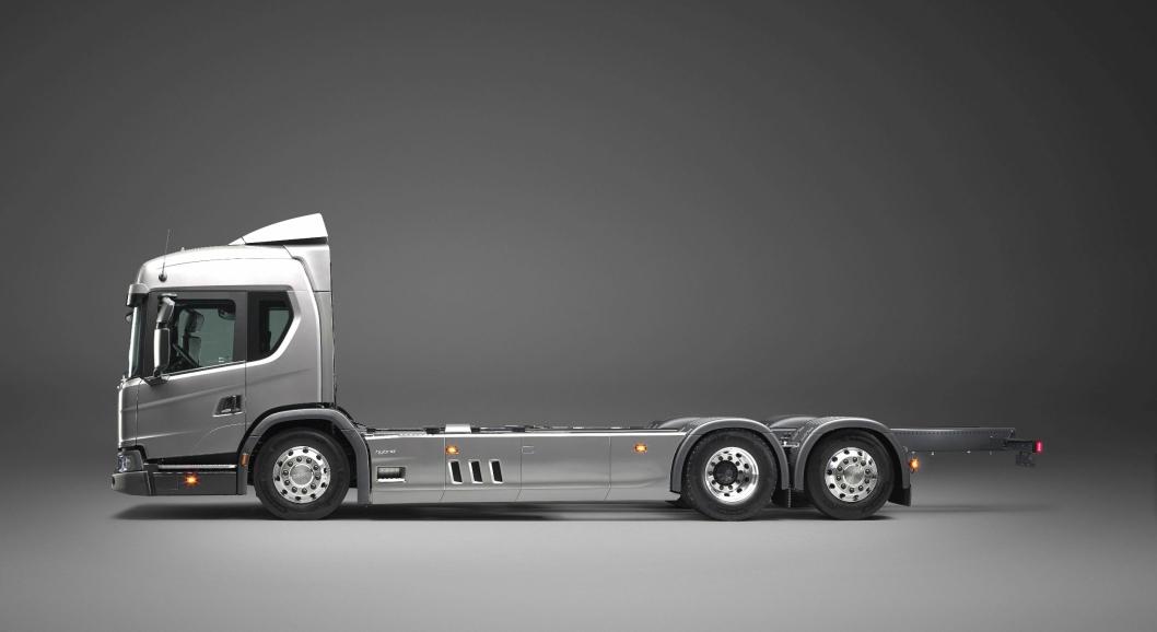 Scania L 320 6x2 hybrid.