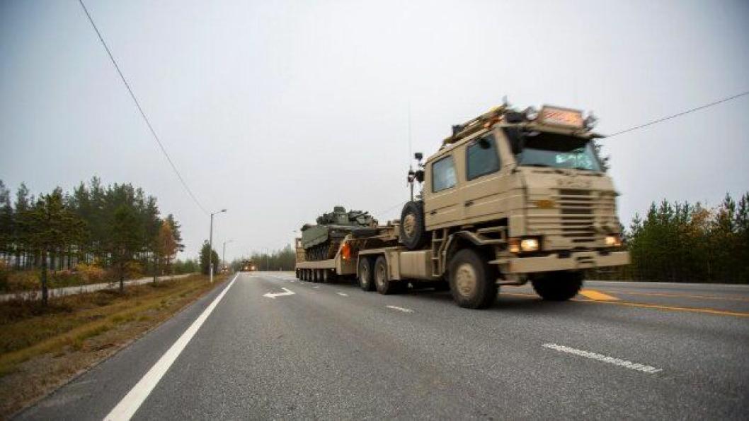 Militær transport.