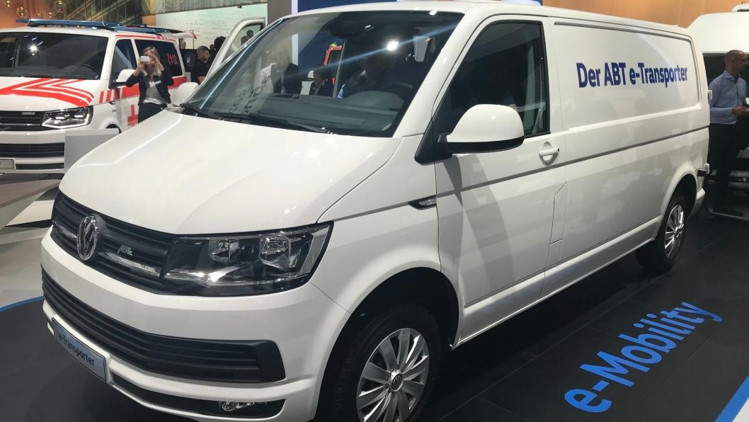 Nyheten ABT e-Transporter på Volkswagens område på IAA.
