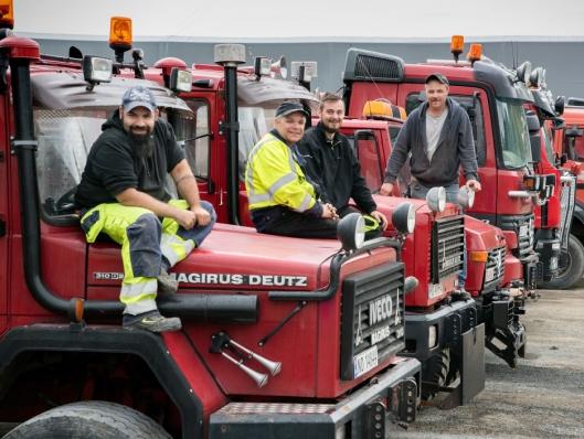 FAMILIE: Verstad-familien er sammen om transportbedriften. Fra venstre: Eskil (32), Ketil (51), Joakim (29) og Leif Arne (48).