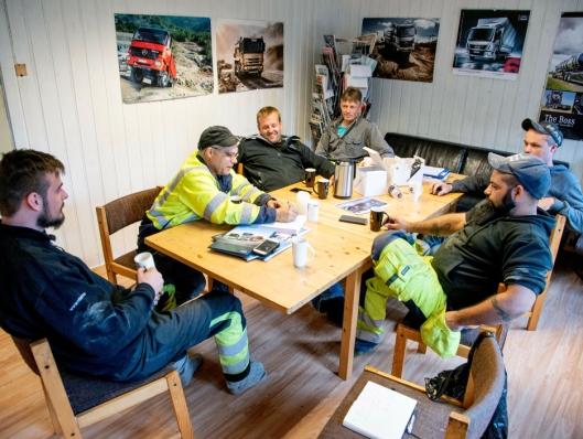 OPPTELLING: Når Ketil Verstad får med alle Mercedes-Benz'ene de har hatt, så kom tellingen til 19.