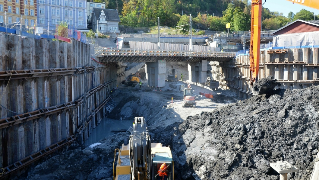 NCC Infrastructure skal gjøre betongarbeider for Bane Nor på  Loenga-Ekebergåsen, som er en del av utbyggingen på Follobanen mellom Oslo S og Ski.