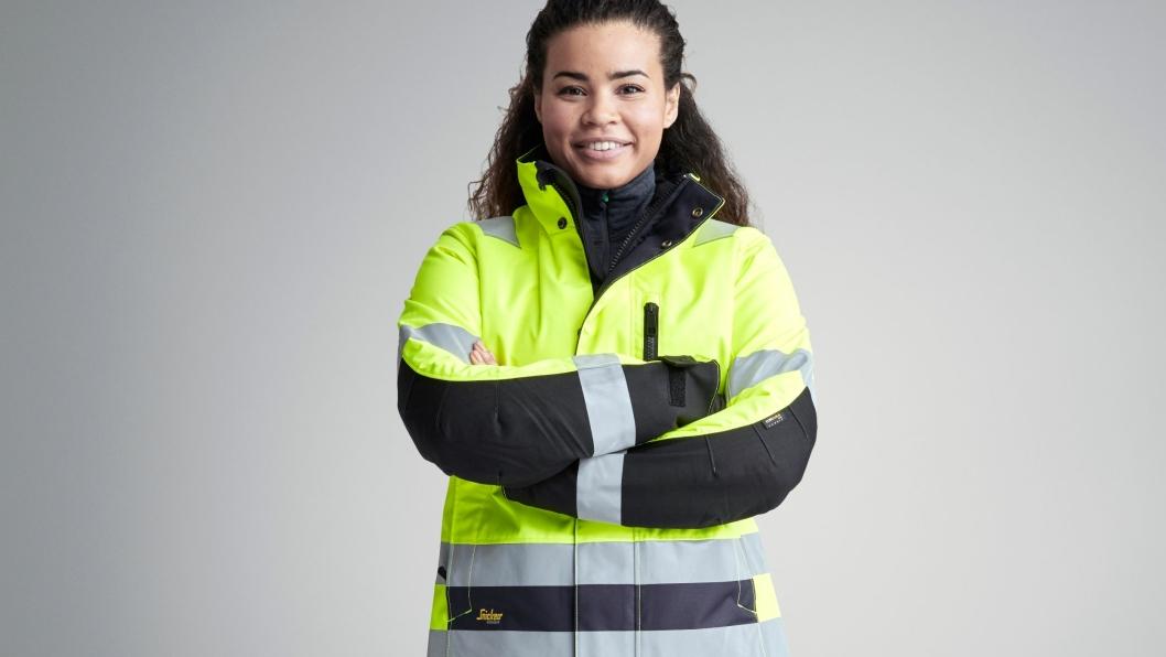 1137 AllroundWork, High-Vis 37.5 vinterjakke for kvinner (klasse 2/3) er en av nyhetene fra Snicker Workwear denne høsten.
