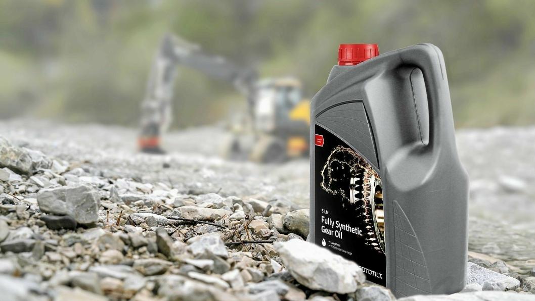 Rototilt lanserer Rototilt Fully Synthetic Gear Oil, en ny og helsyntetisk olje, for å maksimere tiltrotatorenes levetid.