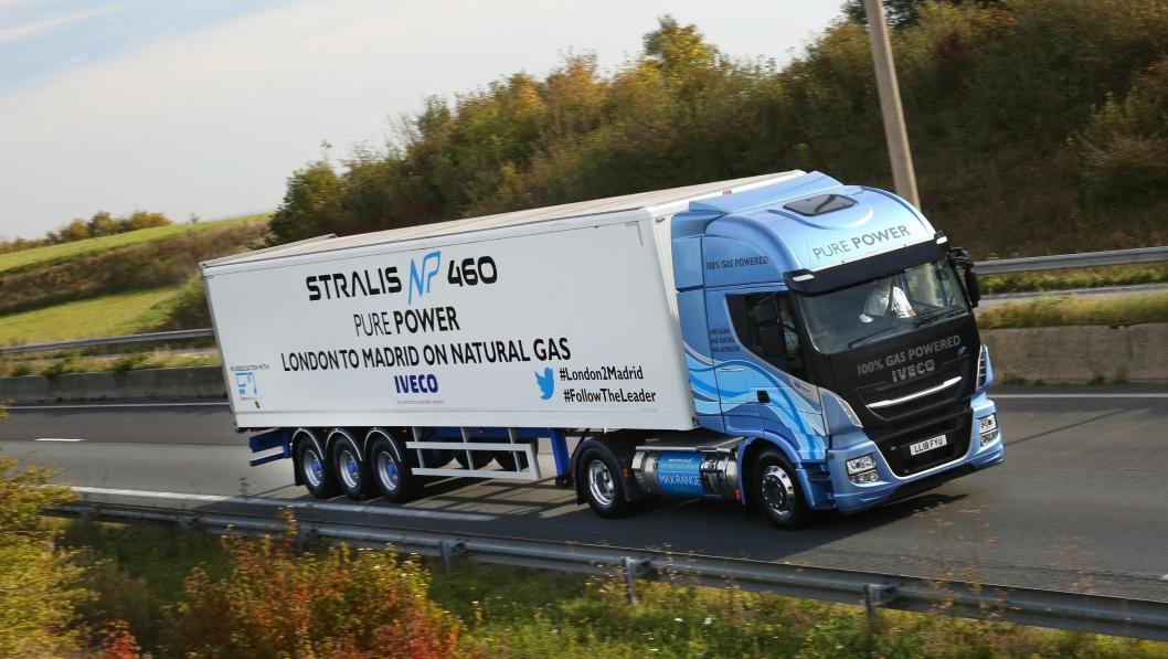 En Iveco Stralis NP 4x2, startet i London og trakk en treakslet skapsemitrailer. Vogntogvekten var 30 tonn. Etter en kort fergestrekning fra Dover til Calais fullførte kjøretøyet en 1728 km lang tur til Madrid uten etterfylling av drivstoff.