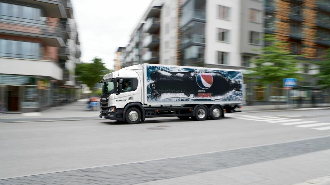 55 nye Scania P500 til Ringnes. I avtalen mellom Norsk Scania og Ringnes, er det en opsjon på 30 biler til.